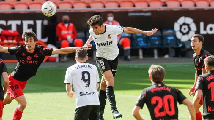 Liga, giornata 30: 'Clasico' al Real Madrid, l'Atlètico è a -1