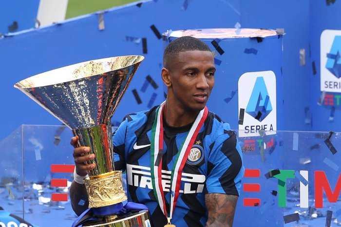 Young-Inter, niente rinnovo: è fatta con l'Aston Villa