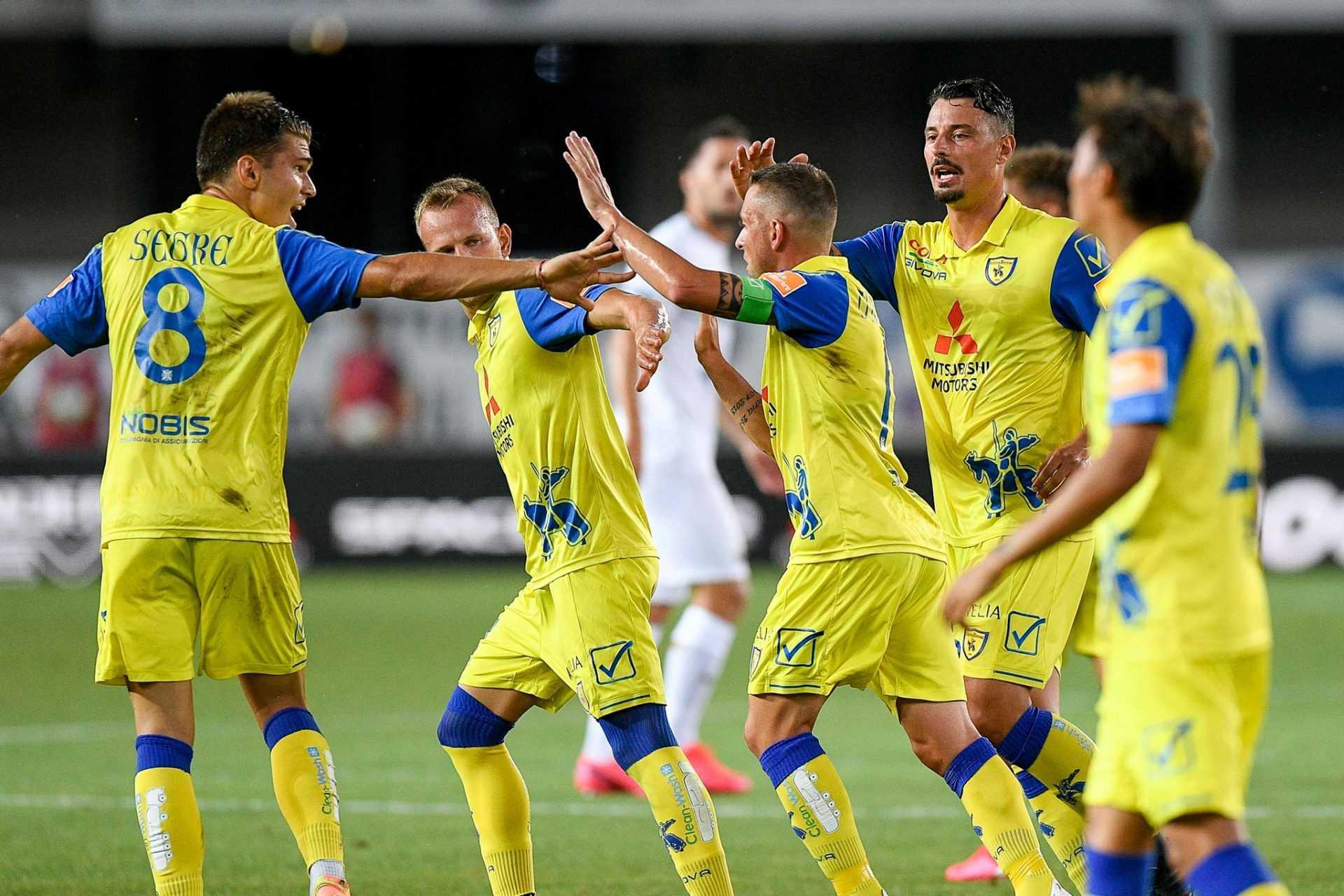 Il TAR respinge il ricorso del Chievo: Cosenza in Serie B